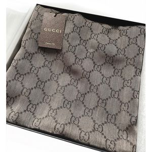 GUCCI GG Jacquard Scarf with Fringe in Brown  NWT
